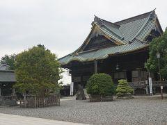 ●新勝寺  釈迦堂です。 1858年に建立され、重要文化財になります。 大本堂ができるまで、本堂だったようです。