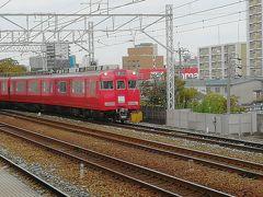堀田駅に着いたら、またまた電車の撮影。 急行豊川稲荷行きでした。