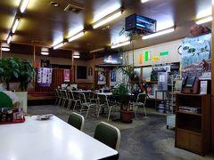 時間はすでに19時を回ったところ。国道18号沿い、いつも開いている「こずえ食堂」で夕食。