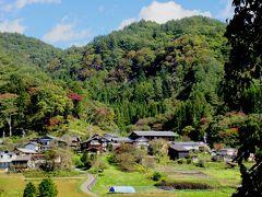 養蚕文化の原風景 六合の赤岩   今年の収穫を終え ホッと一息 村祭りを迎える 穏やかな農村風景
