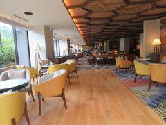 夕食と朝食はホテルで一つだけのレストラン リバーサイドキッチン&バー