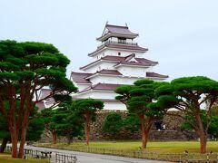 続いて鶴ケ城へ。