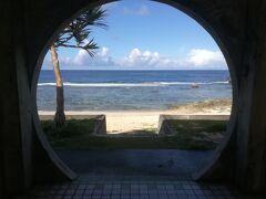 ダンヌ浜。 今や映えスポットとして有名だそうで。  向き的に午前中に行っとくべきかと。
