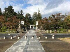 米沢城跡にある上杉神社へ。