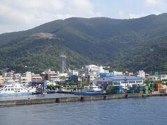 古仁屋港を出ます。