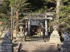 宿場町の奥にある坂城神社。 奈良時代から存在する由緒ある神社だそうで、村上氏や宿場町の氏神様だったのでしょう。