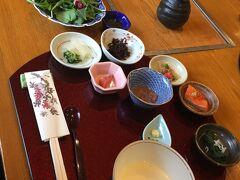 今回のツアーの中で、恐らく最初で最後の和朝食かな?