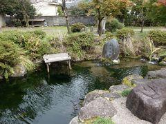 朝倉義景墓所の前にも、清水が湧き出る義景清水があります。