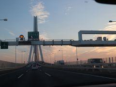 鶴見つばさ橋へと走行
