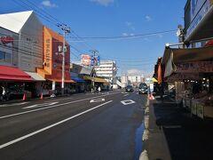 翌朝目覚めるとまだ海鮮が食べたりません。 朝からやっている海鮮といえば札幌中央市場場外市場のあたりです。