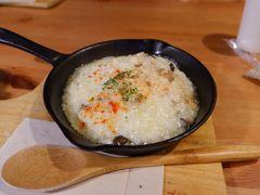 東照宮へ歩いて行く途中で、朝からやっている「本宮カフェ」で朝食。 チーズリゾットが絶品。