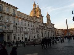 16時45分、ナヴォーナ広場に到着しました。
