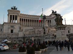 17時20分からは、ヴィットーリオ・エマヌエーレ2世記念堂を見学しました。