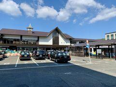 鎌倉駅からスタート。本日のメインは、坂東三十三観音の杉本寺と長谷寺ですが、途中にあるお寺も楽しんでいきたいと思います。天気に恵まれました!!