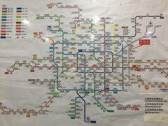 以前来た時に比べても、地下鉄路線も増えているような感じです。