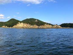仙酔島への渡船乗場へ行ってみると渡船は直ぐに出発! 職員さんに仙酔島の地図だけ頂いて、なんだかワクワク~。  往復240円、5分ほどだったかな。 でも尾道→向島の渡船よりは、より船旅感を感じられます。