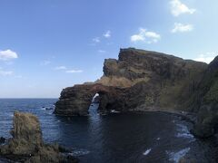 西ノ島国賀海岸の通天橋。