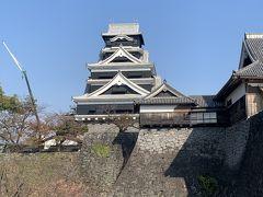 熊本城二様の石垣。古い石垣に新しい石垣が築きたさされた場所。