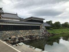 さて、春日山城を後にして、次は松本城です。