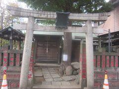 佃波除稲荷神社です こじんまりとした神社で