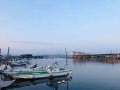 氷見漁港。