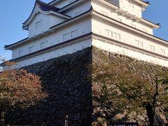 ほぼ2年ぶりの会津若松城。雪のない鶴ヶ城です。