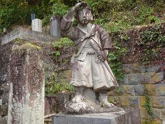 会津若松は、向瀧旅館に泊まるのが目的でしたが、やっぱり観光も少しはしないと。  という訳で、前回行かなかった飯盛山を訪ねました。 胸が痛くなります。 合掌。