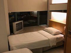 無料で用意してくれたホテルなので、文句言うべきじゃないですが、、、小汚い、部屋でした。