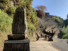 阿蘇を越え大分県の竹田市にある岡城跡に。数々の遺構が残され、国指定史跡になっているだけあって見どころは多いです。