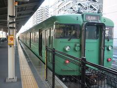 草津駅で草津線に乗り換えます。