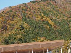 谷川岳のパーキングエリアでちょっと休憩。