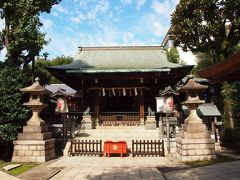 五条天神社(上野公園4) 日本武尊が東夷征伐の為、上野忍が岡をお通りになられた時、薬祖神二柱の大神に御加護を頂いたことを感謝されて、此の地に両神をおまつりされたのが創祀とされます。  台東区の情報によると庚申塔が4基あるそうですが、社務所で伺うと、公開していないということで、拝見出来ませんでした。