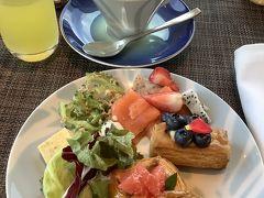 インターコンチネンタル万座ビーチ、クラブラウンジにて朝食