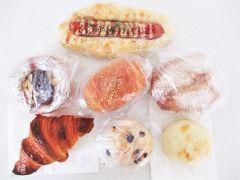 さてパン屋さん巡りを本格的に♪  こもぱん  お久しぶりでしたが、美味しいパン購入♪  感想はクチコミ参照↓