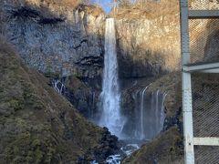 華厳滝は何年ぶりかわかりません。相も変らぬ雄姿。