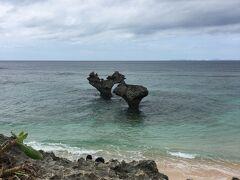 午後はハートロックで有名なティーヌ浜へ。