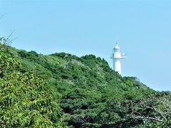 """車窓から """"梶取崎灯台"""" が見えました。"""