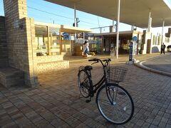 上州富岡駅でバスの待ち時間が1時間ほどあったので、無料のレンタサイクルを借りました。他のいくつかの駅でも借りられるようです。