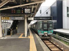 ■敦賀→小浜線→東舞鶴 敦賀15:49発東舞鶴行き。125系電車。 自分が前回小浜線に乗ったときは非電化でした。