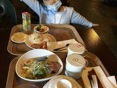 初めての中華! お子様ランチ助かる~! 娘も夫も気に入ったようで、よく食べていました。 私はお腹がすいてなかったので、唐揚げだけ注文。 (というかご飯は別注文なことに驚き^^;  ) 美味しく頂きました^ ^