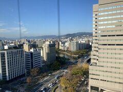 ANAクラウンプラザホテル広島の部屋からの朝の風景