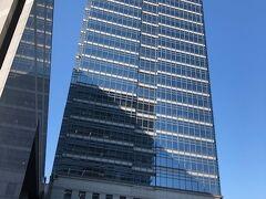 まず最初に堺市役所21階の展望ロビーに向かいます。