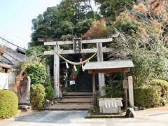 飛鳥坐(あすかにいます)神社 飛鳥寺のそばに神社もあります。