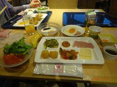 四日目のホテルでの朝食の様子です