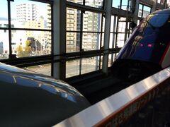 福島駅で「やまびこ」と「つばさ」の切り離し♪
