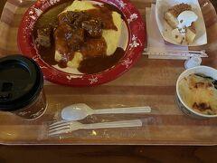 ランチはグランマサラのキッチンで。ランチ時は過ぎてましたが、席が開くまで少し並びました。