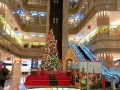 出発の羽田空港クリスマスモードです。
