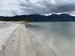 極楽浜、宇曽利山湖(うそりやまこ)に来ました。