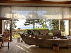 氷見の宿泊は「魚巡りの宿 永芳閣」。高台にそびえる氷見としては大きなホテルです。