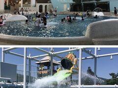 小涌谷ユネッサンにてプールに。家族連れが多くてガチ泳ぎはできず、隙間を縫ってテキトーに泳ぎ終了。2500円は高い入館料だった。